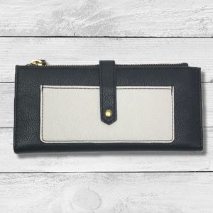 Fossil Black and White Leather Wallet